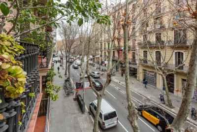 Квартира в стиле модерн в Золотом Квадрате Барселоны